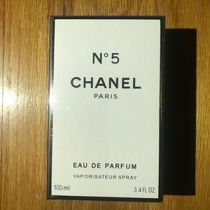 CHANEL No.5 Eau De Parfum Spray 3.4 oz 100 ML